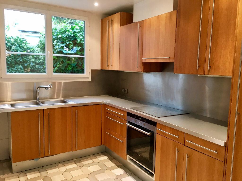 Achat Appartement 4 pièces à Nogent-sur-Marne - vignette-5