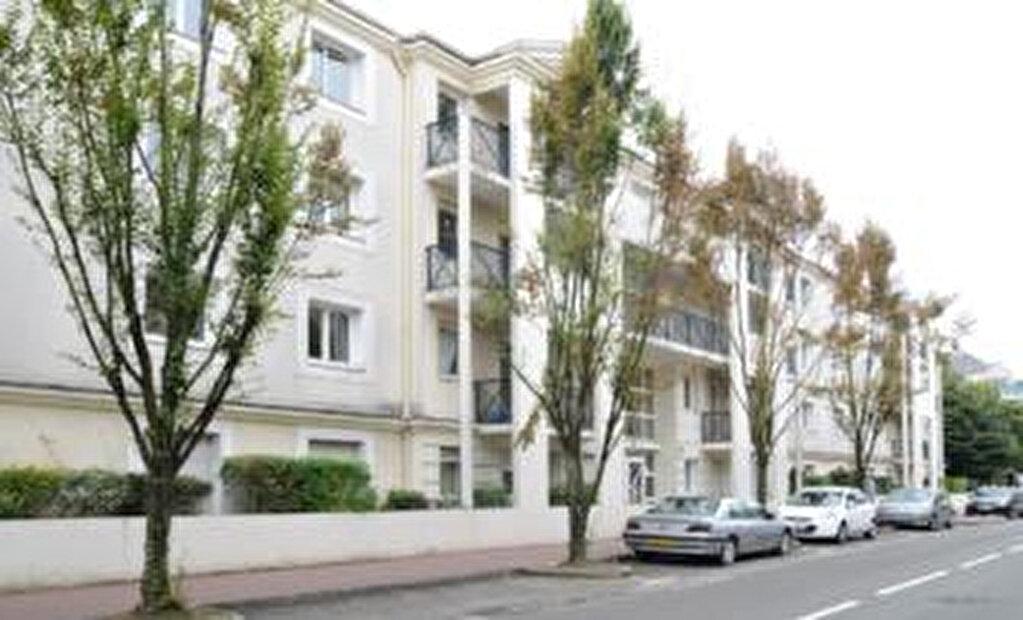Achat Appartement 1 pièce à Noisy-le-Grand - vignette-1