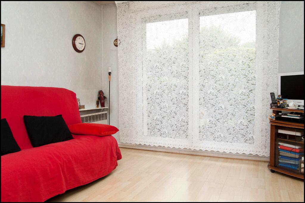Achat Appartement 1 pièce à Villiers-sur-Marne - vignette-2