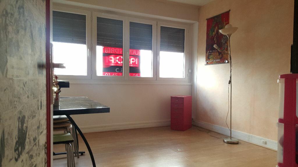 Achat Appartement 3 pièces à Chennevières-sur-Marne - vignette-4