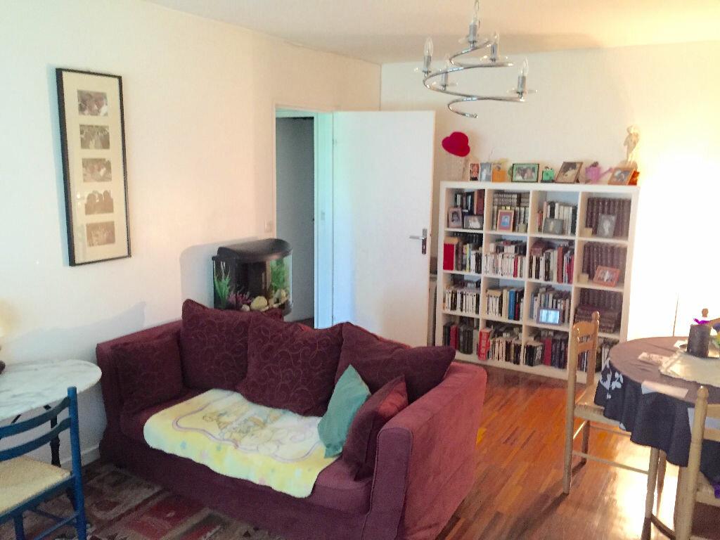 Achat Appartement 3 pièces à Chennevières-sur-Marne - vignette-1