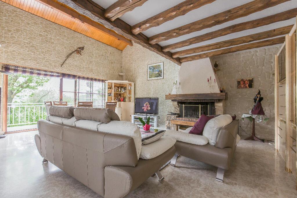 Achat Maison 8 pièces à Ormesson-sur-Marne - vignette-1