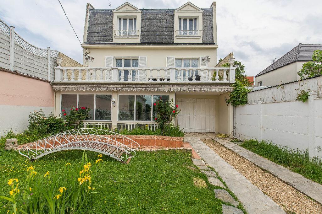 Achat Maison 7 pièces à Chennevières-sur-Marne - vignette-1
