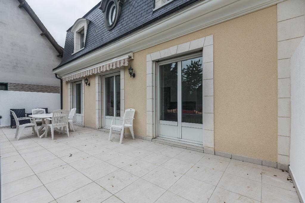 Achat Maison 6 pièces à Chennevières-sur-Marne - vignette-4