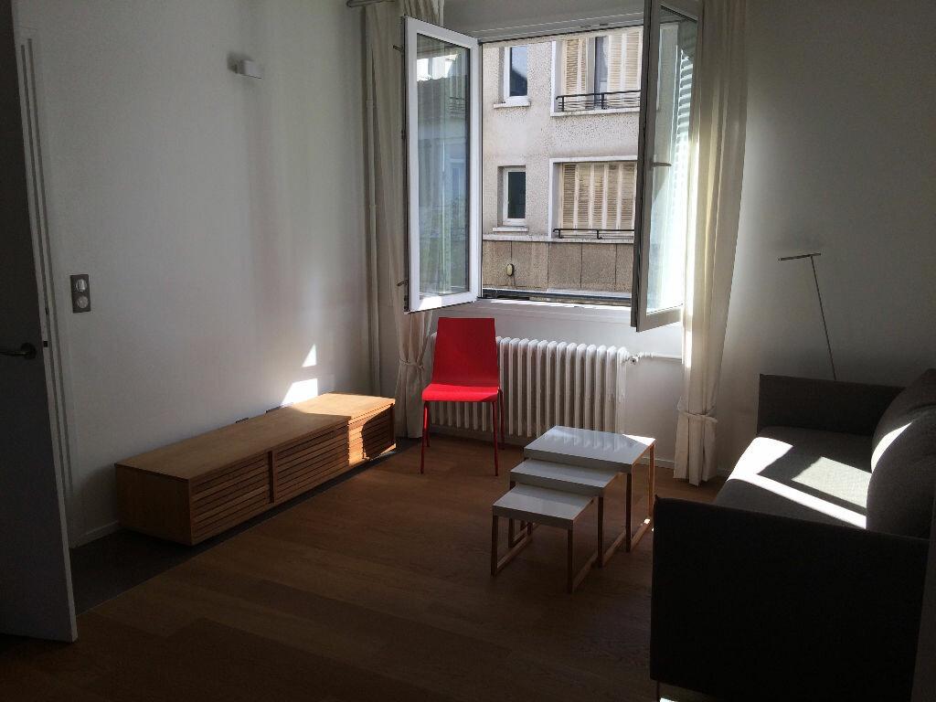 Achat Appartement 2 pièces à Rueil-Malmaison - vignette-1