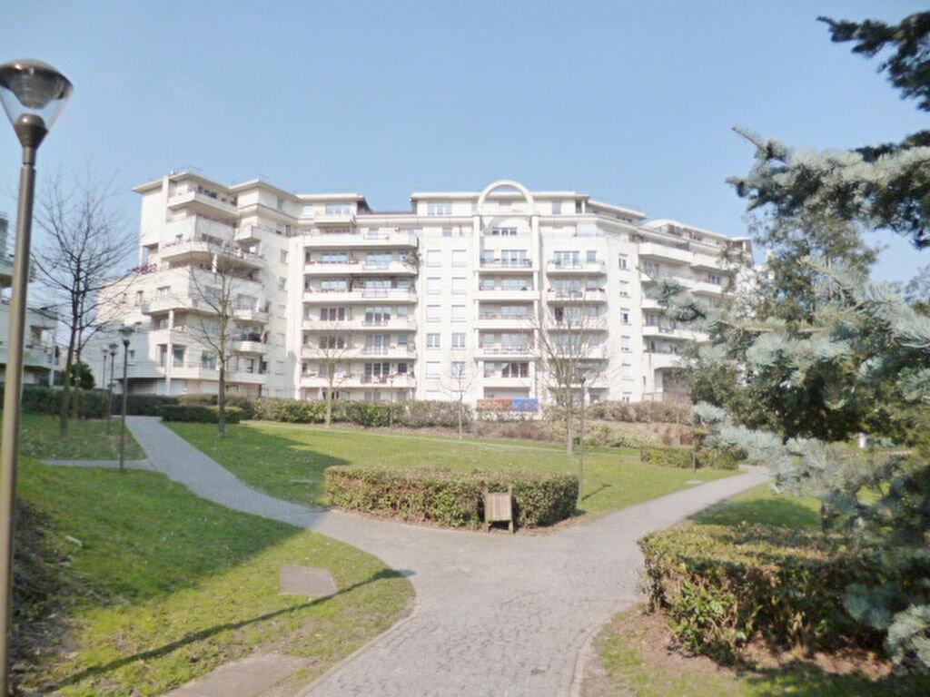 Achat Appartement 5 pièces à Rosny-sous-Bois - vignette-1