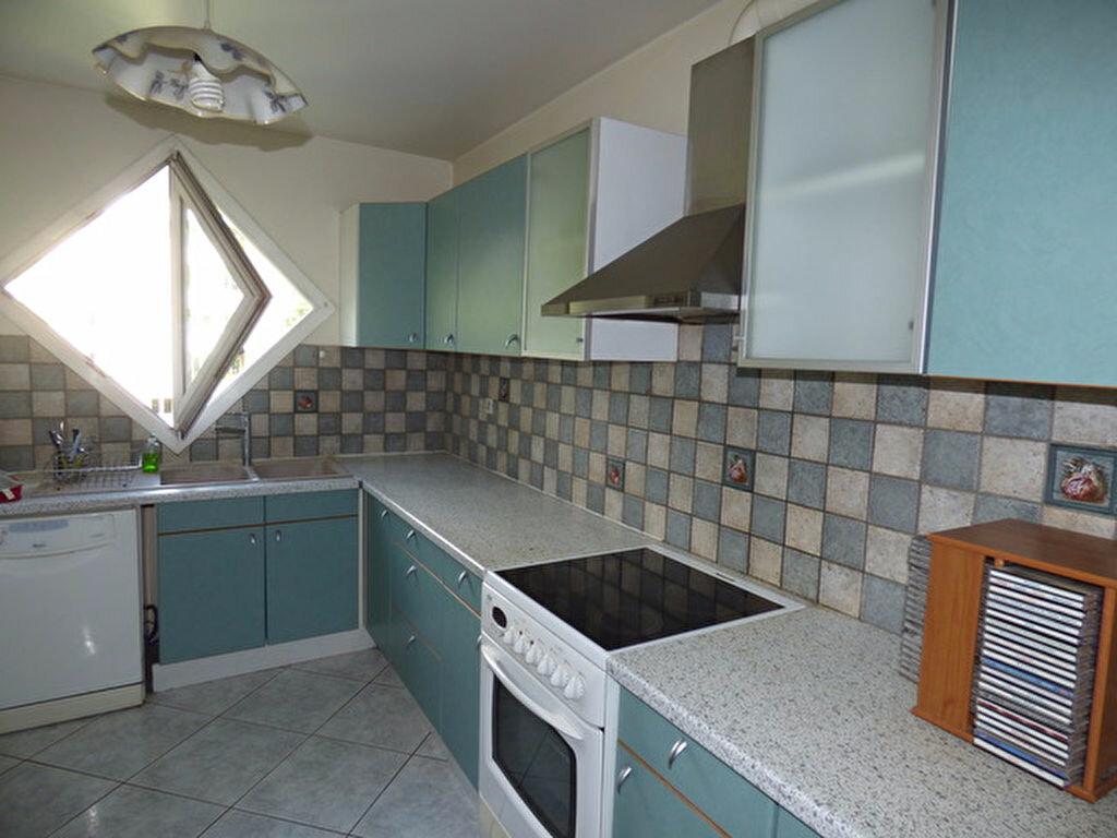 Achat Appartement 3 pièces à Rosny-sous-Bois - vignette-3