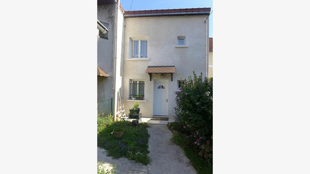 Location Maison 3 pièces à Rosny-sous-Bois - vignette-1