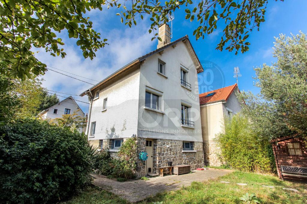 Achat Maison 4 pièces à Rosny-sous-Bois - vignette-1