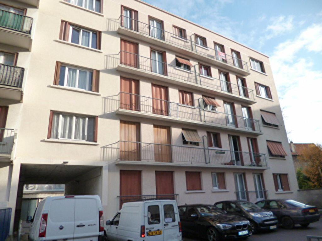 Achat Appartement 1 pièce à Rosny-sous-Bois - vignette-1