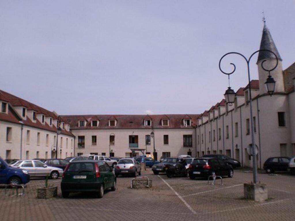 Achat Appartement 1 pièce à Ozoir-la-Ferrière - vignette-1