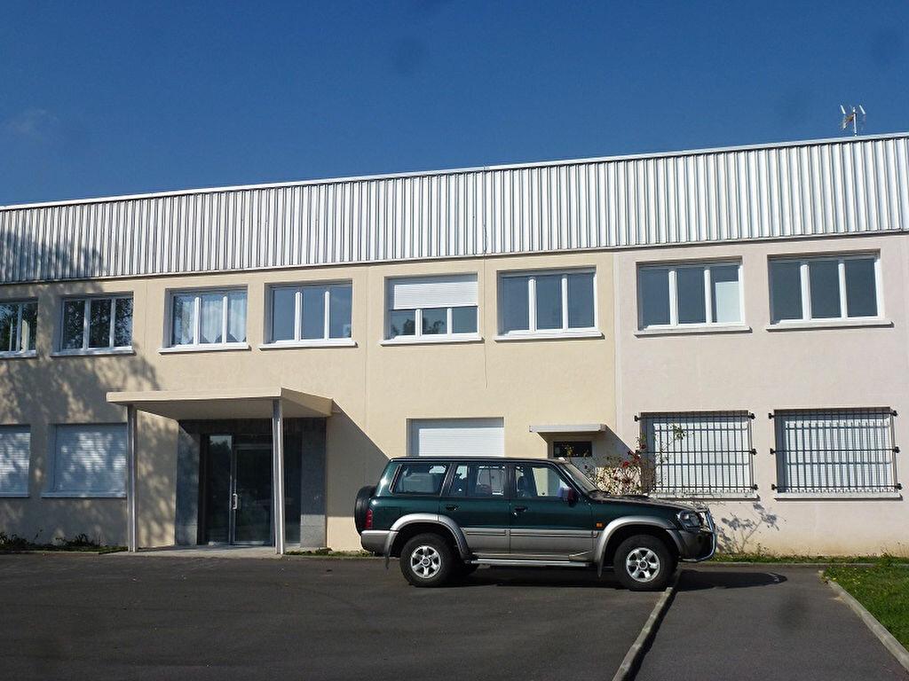 Location Bureaux  à Ozoir-la-Ferrière - vignette-1