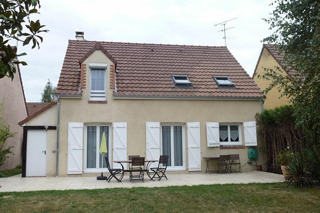 Achat Maison 5 pièces à Ozoir-la-Ferrière - vignette-1