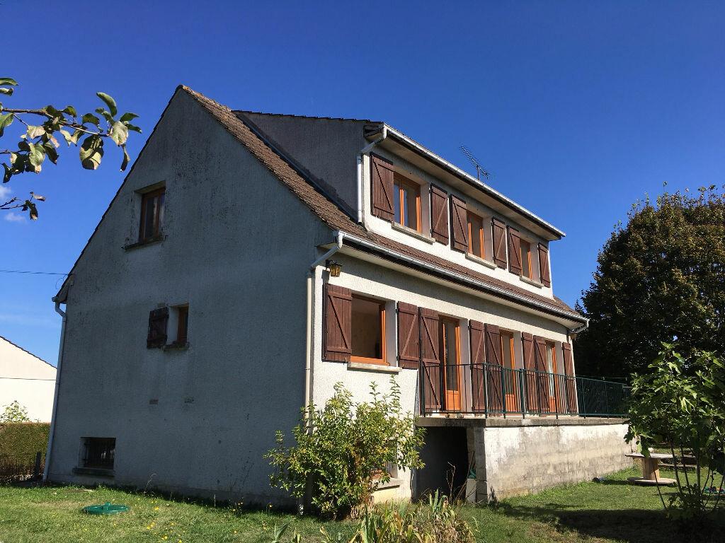 Achat Maison 10 pièces à Les Chapelles-Bourbon - vignette-1