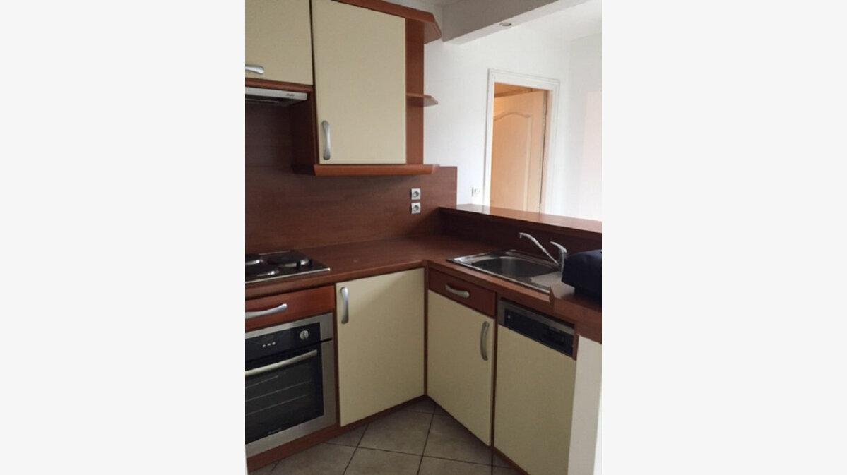 Location Appartement 2 pièces à Villemomble - vignette-3