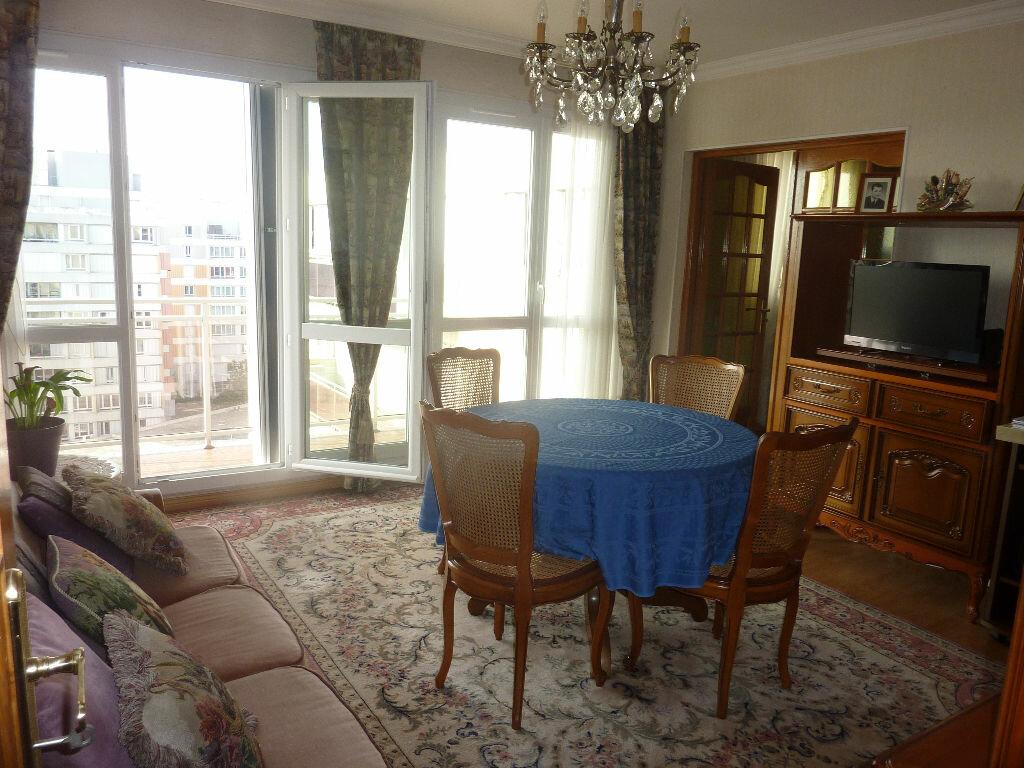 Achat Appartement 3 pièces à Bobigny - vignette-1