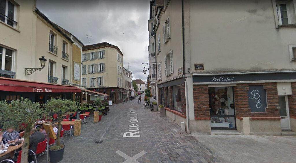 Location Appartement 5 pièces à Fontainebleau - vignette-1