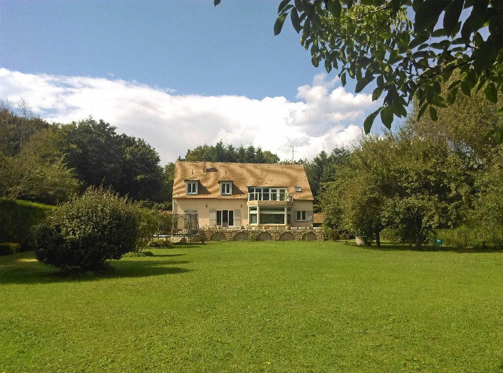 Location Maison 8 pièces à Samois-sur-Seine - vignette-1