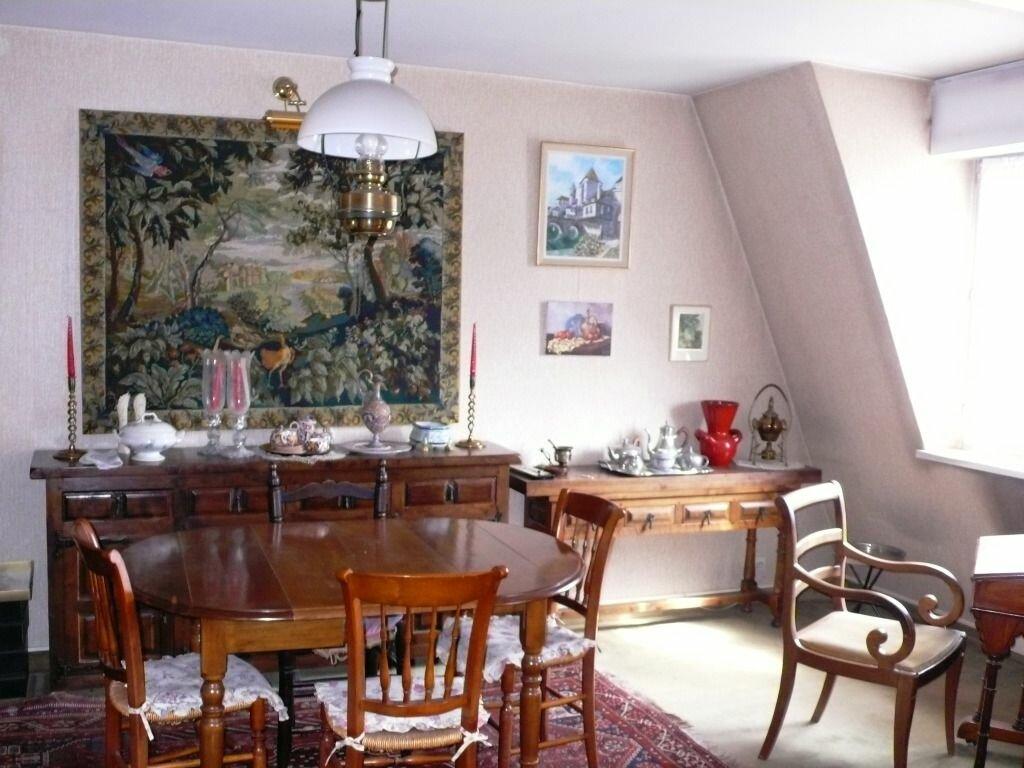 Achat Appartement 4 pièces à Fontainebleau - vignette-2