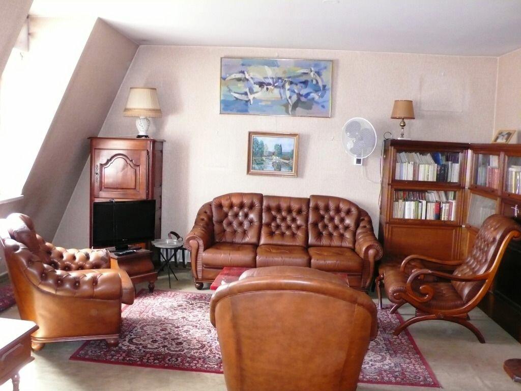 Achat Appartement 4 pièces à Fontainebleau - vignette-3