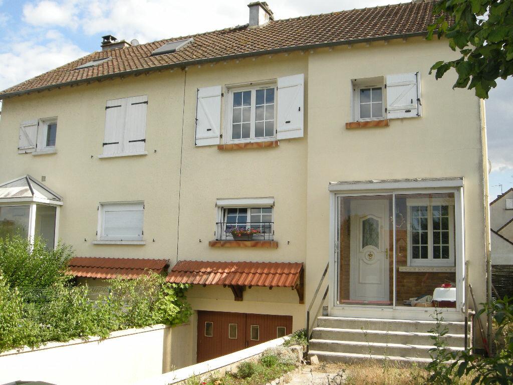 Achat Maison 4 pièces à Villiers-sous-Grez - vignette-1