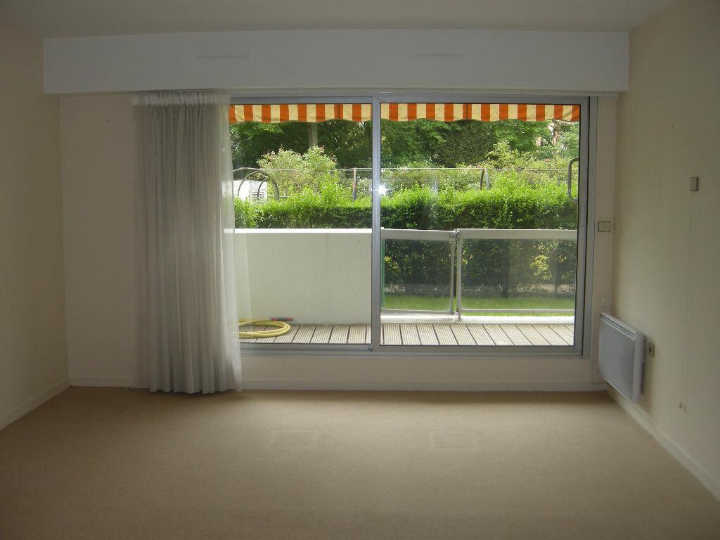 Achat Appartement 2 pièces à Fontainebleau - vignette-4