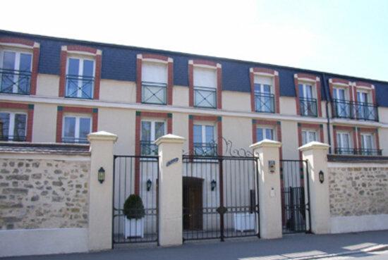 Location Stationnement  à Fontainebleau - vignette-1