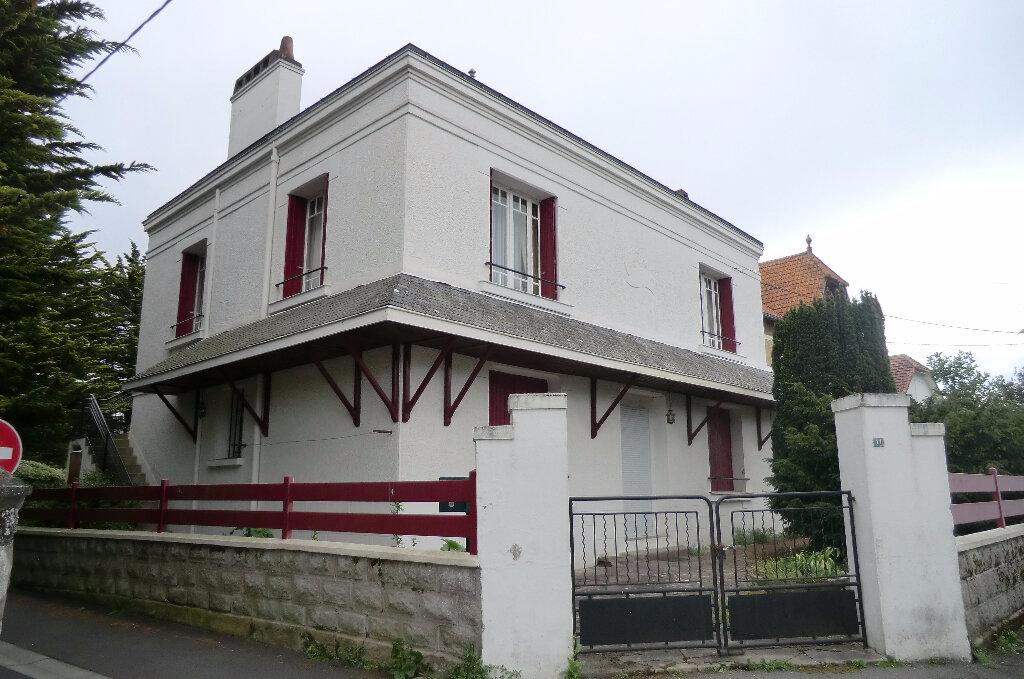 Achat Appartement 3 pièces à Le Croisic - vignette-3