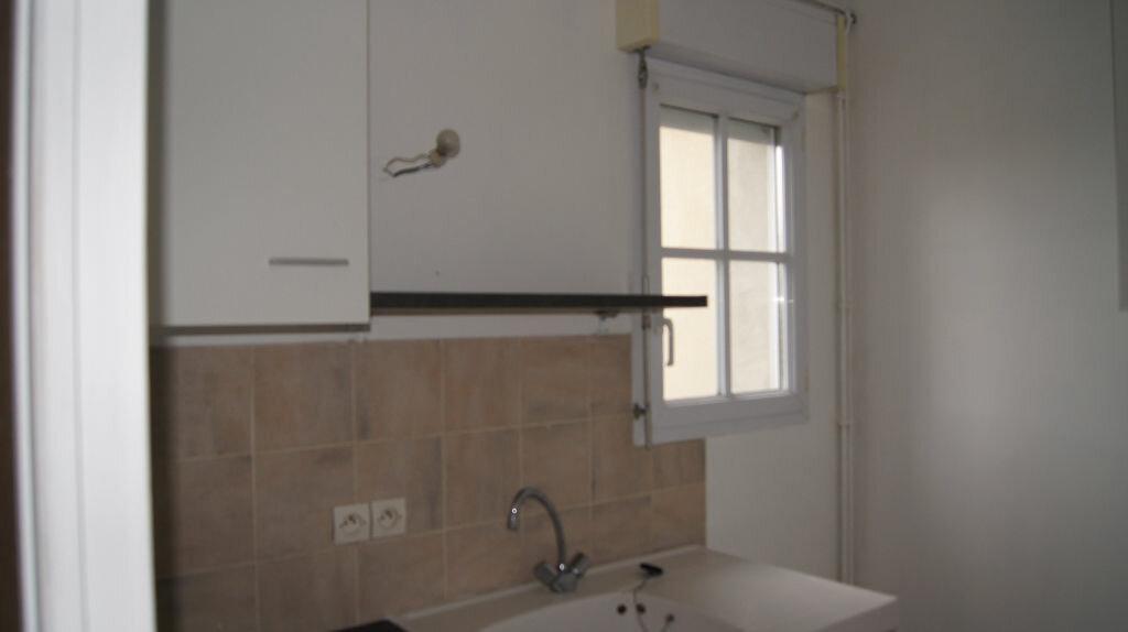 Location Appartement 3 pièces à Mamers - vignette-2