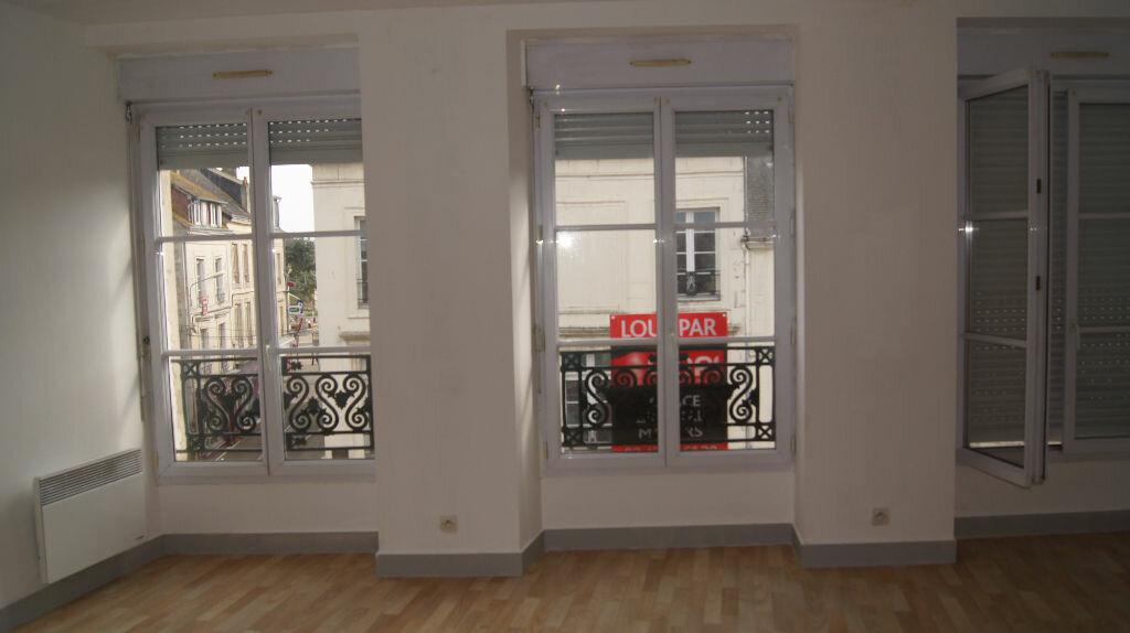 Location Appartement 3 pièces à Mamers - vignette-6
