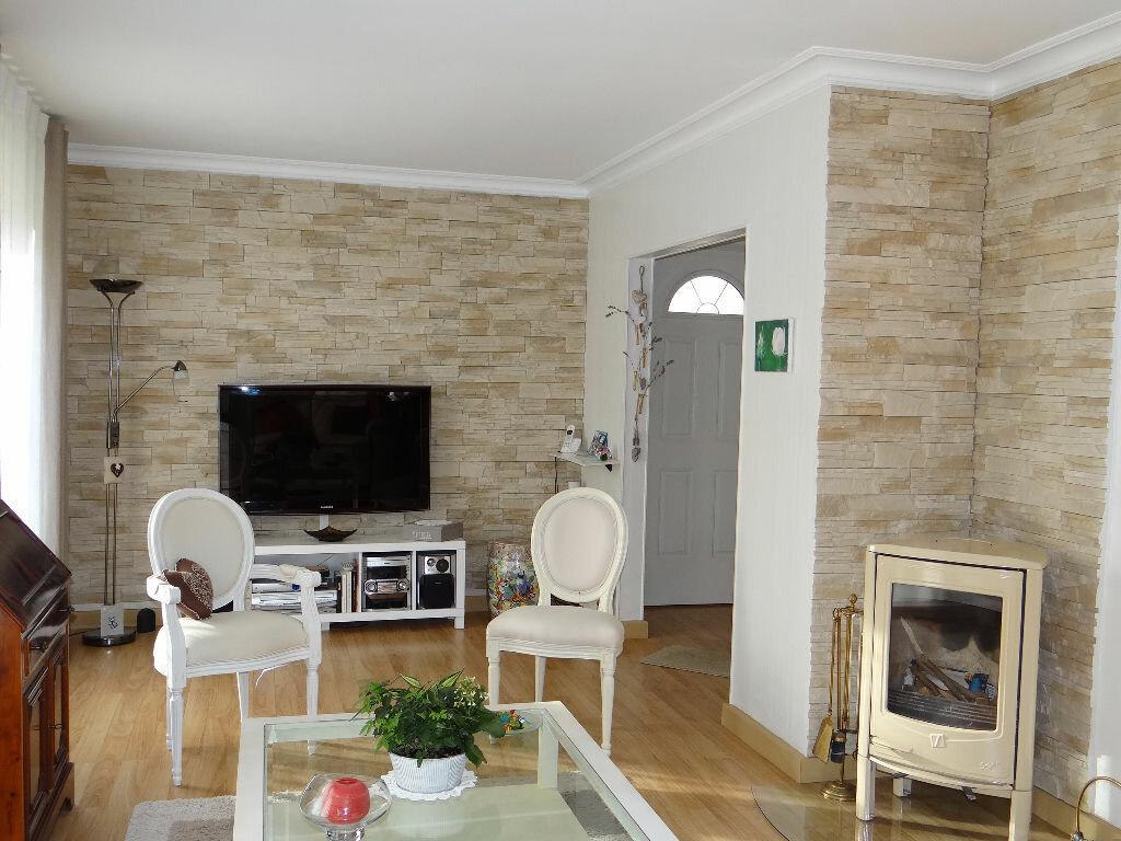 Achat Maison 6 pièces à Saint-Longis - vignette-2