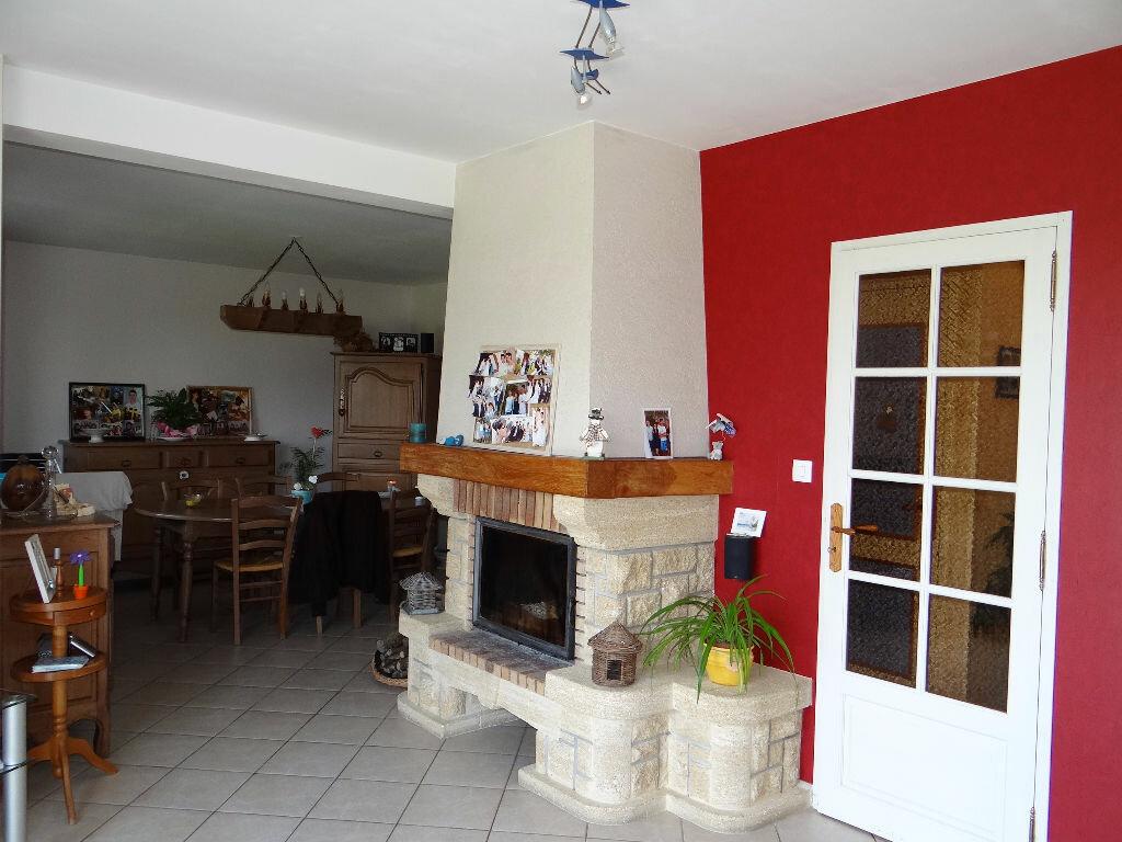 Achat Maison 7 pièces à Saint-Rémy-des-Monts - vignette-4