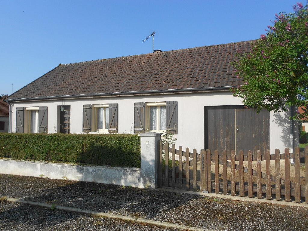 Achat Maison 4 pièces à Saint-Rémy-du-Val - vignette-1