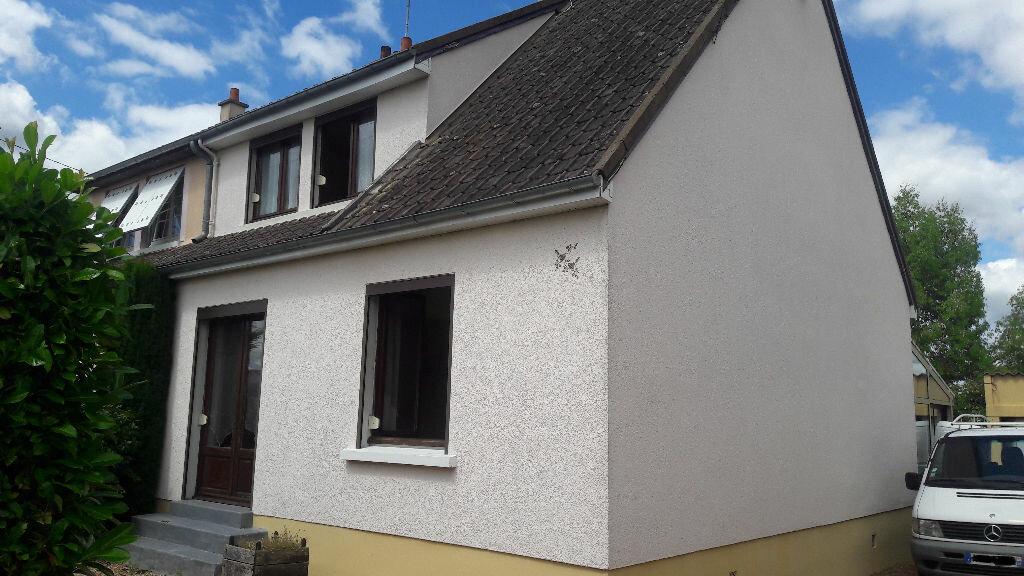 Achat Maison 6 pièces à Saint-Cosme-en-Vairais - vignette-1