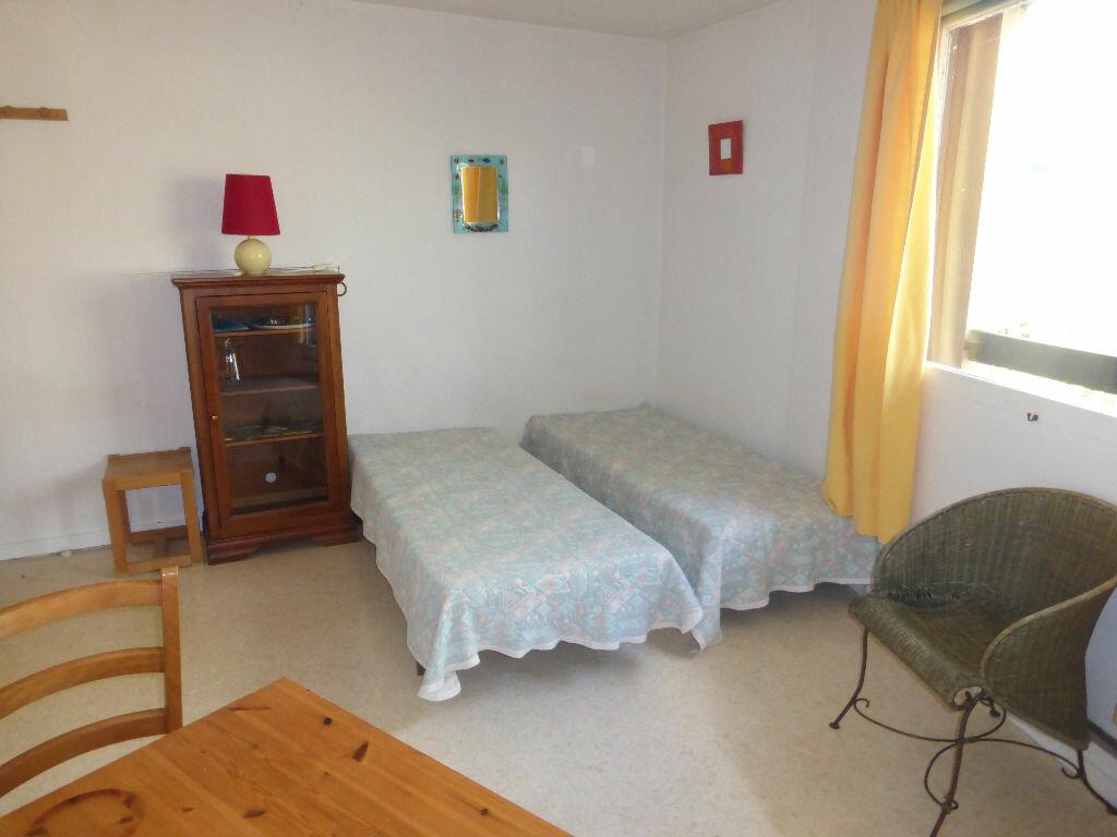 Achat Appartement 1 pièce à Gréoux-les-Bains - vignette-2