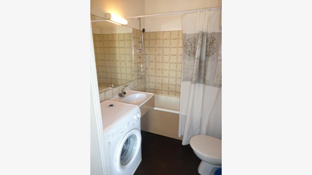 Achat Appartement 1 pièce à Gréoux-les-Bains - vignette-4