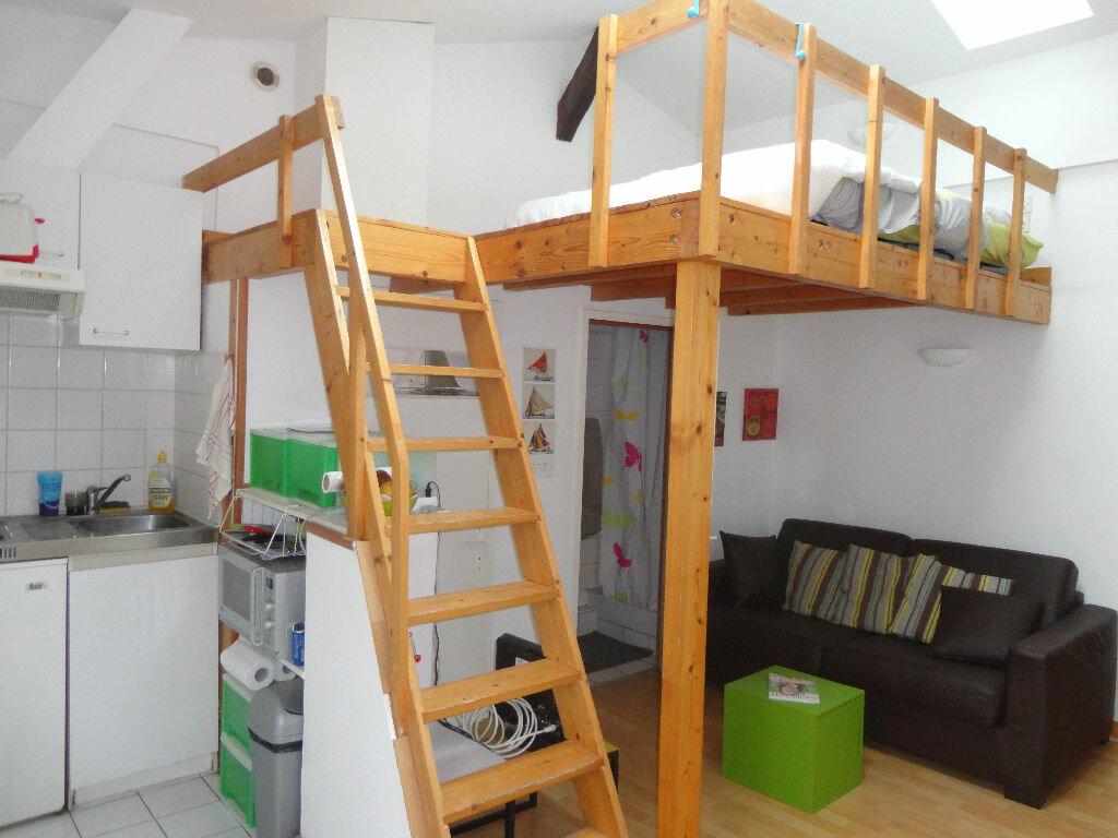 Achat Appartement 1 pièce à La Rochelle - vignette-1
