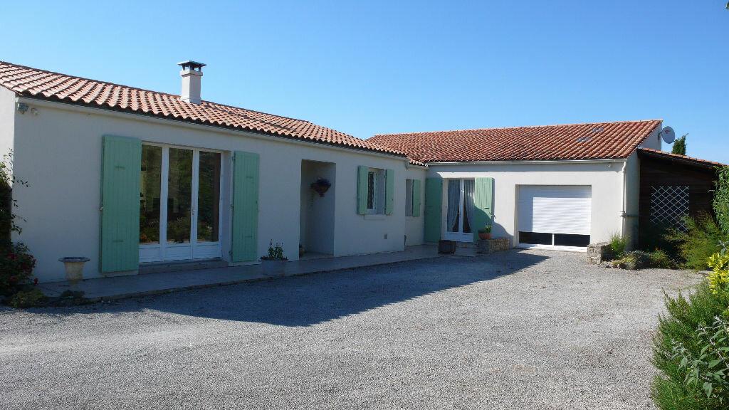 Achat Maison 6 pièces à Sainte-Soulle - vignette-2