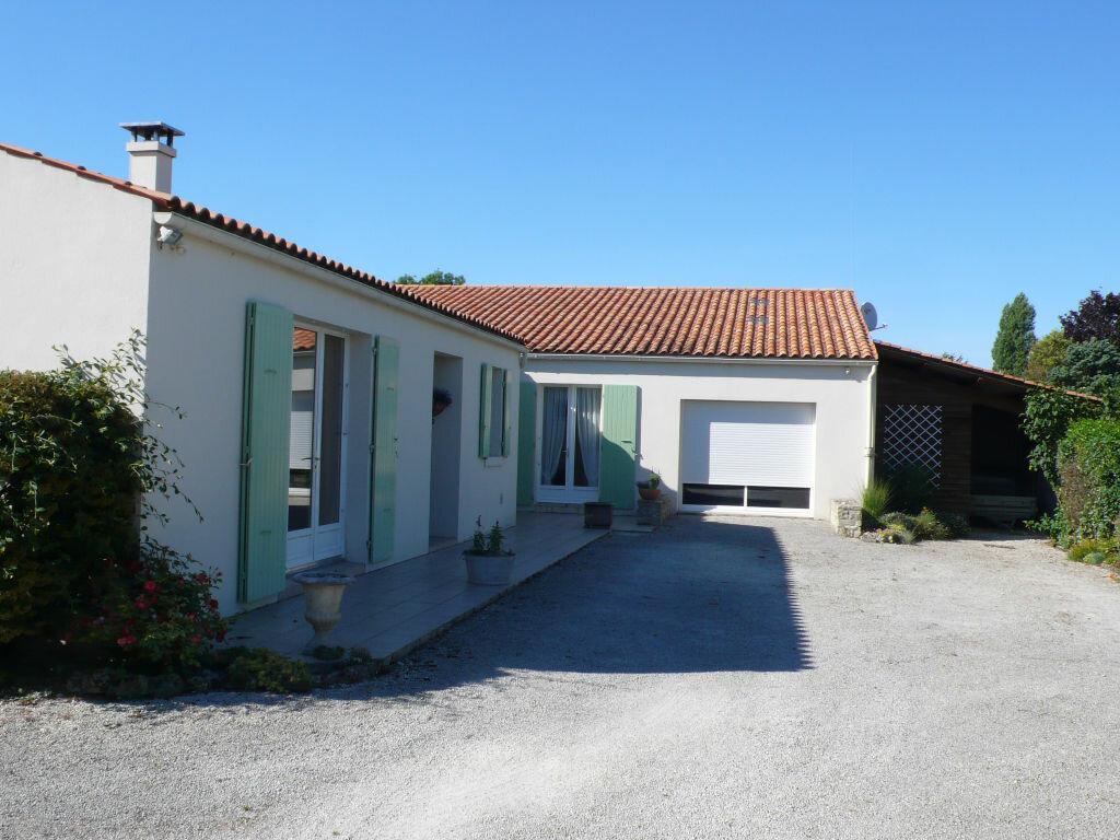 Achat Maison 6 pièces à Sainte-Soulle - vignette-3