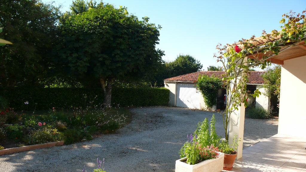 Achat Maison 6 pièces à Sainte-Soulle - vignette-4