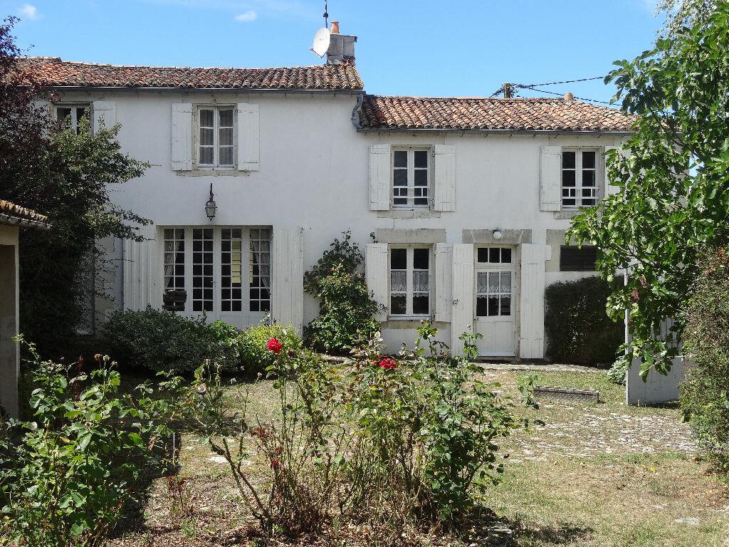 Achat Maison 6 pièces à Sainte-Soulle - vignette-1