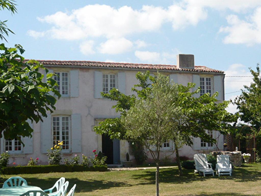 Achat Maison 7 pièces à Saint-Ouen-d'Aunis - vignette-1