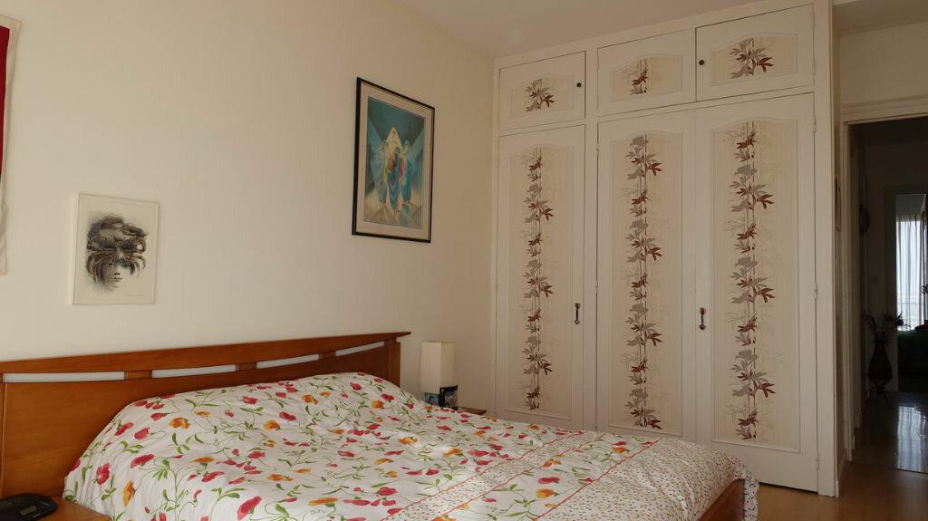 Achat Appartement 4 pièces à La Rochelle - vignette-5