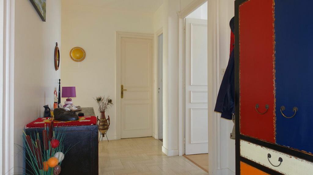 Achat Appartement 4 pièces à La Rochelle - vignette-11