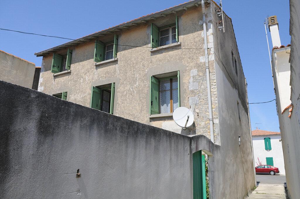 Achat Maison 15 pièces à Ars-en-Ré - vignette-1