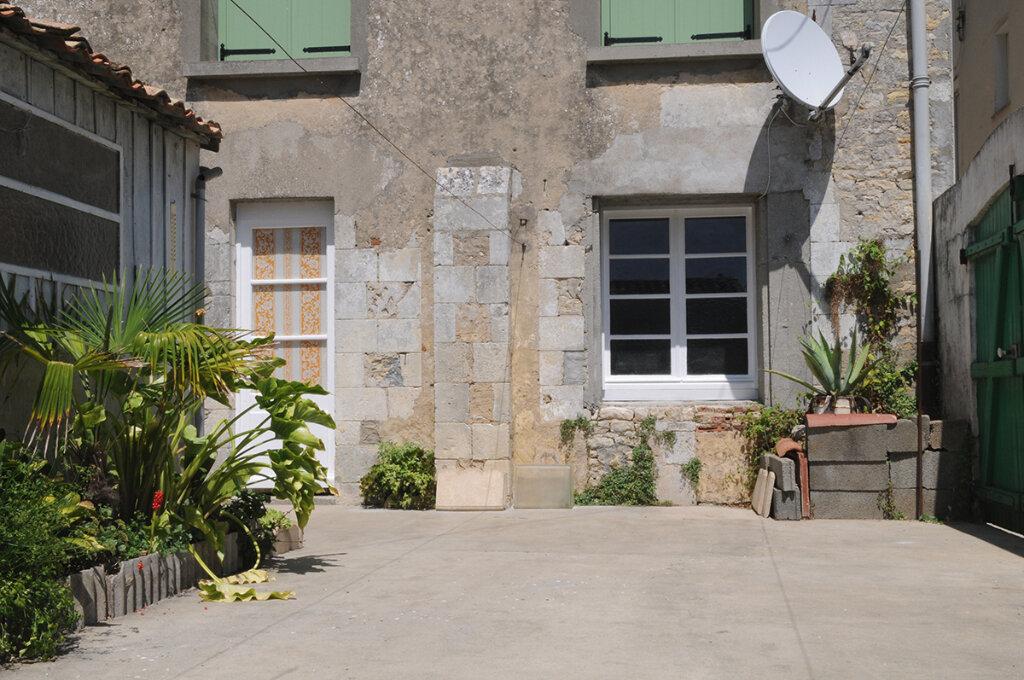 Achat Maison 15 pièces à Ars-en-Ré - vignette-3
