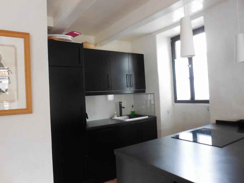 Location Maison 4 pièces à Les Portes-en-Ré - vignette-5