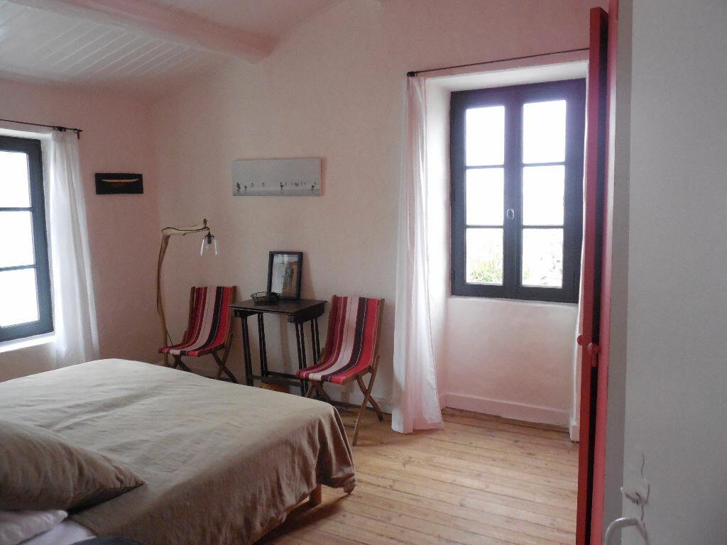 Location Maison 4 pièces à Les Portes-en-Ré - vignette-6