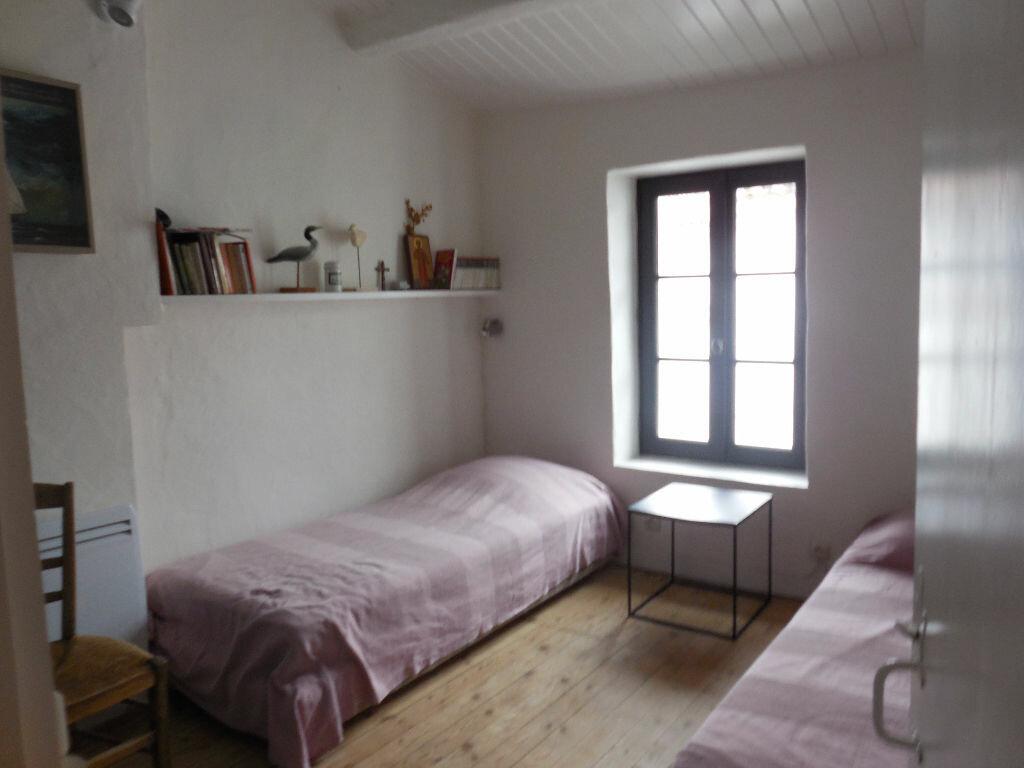 Location Maison 4 pièces à Les Portes-en-Ré - vignette-7