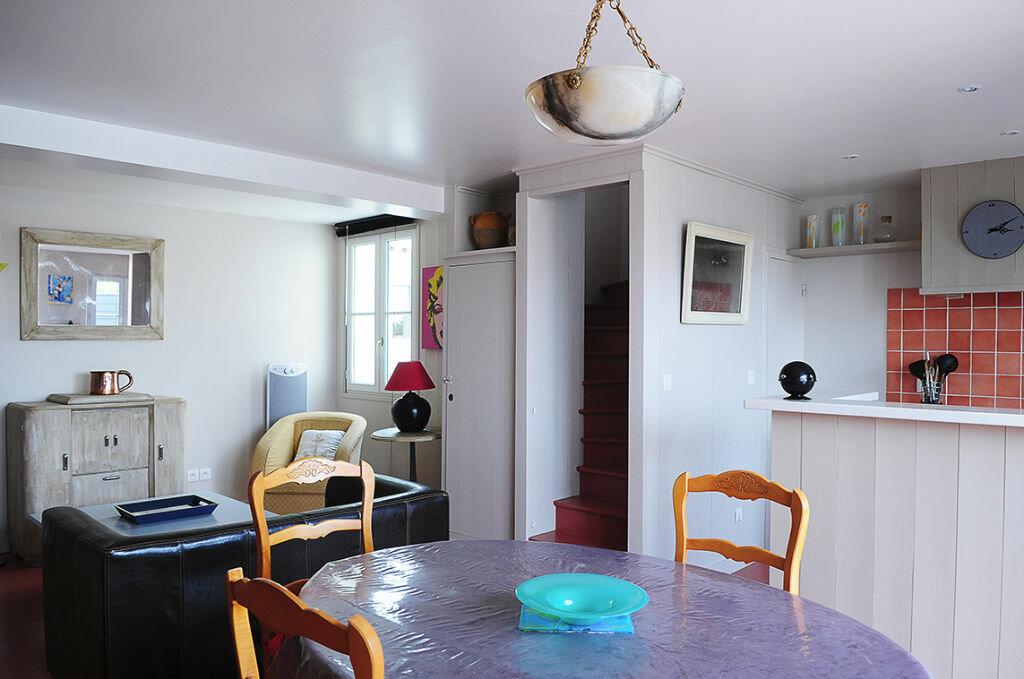 Achat Maison 5 pièces à Les Portes-en-Ré - vignette-1